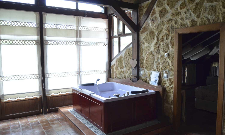 Suite con sal n y terraza gran g ndara la casa del - Terraza con jacuzzi ...
